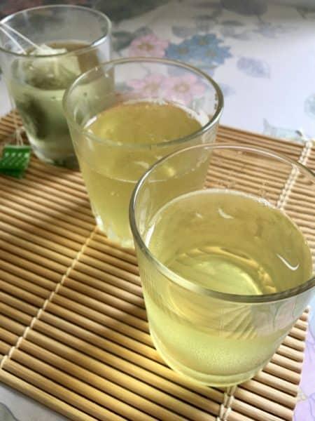 Reusar bolsitas de té verde japonés
